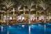 THE PALACE - THE OLD TOWN 5* (Burdž Dubajus, JAE), Restorano Ewaaan baseinas